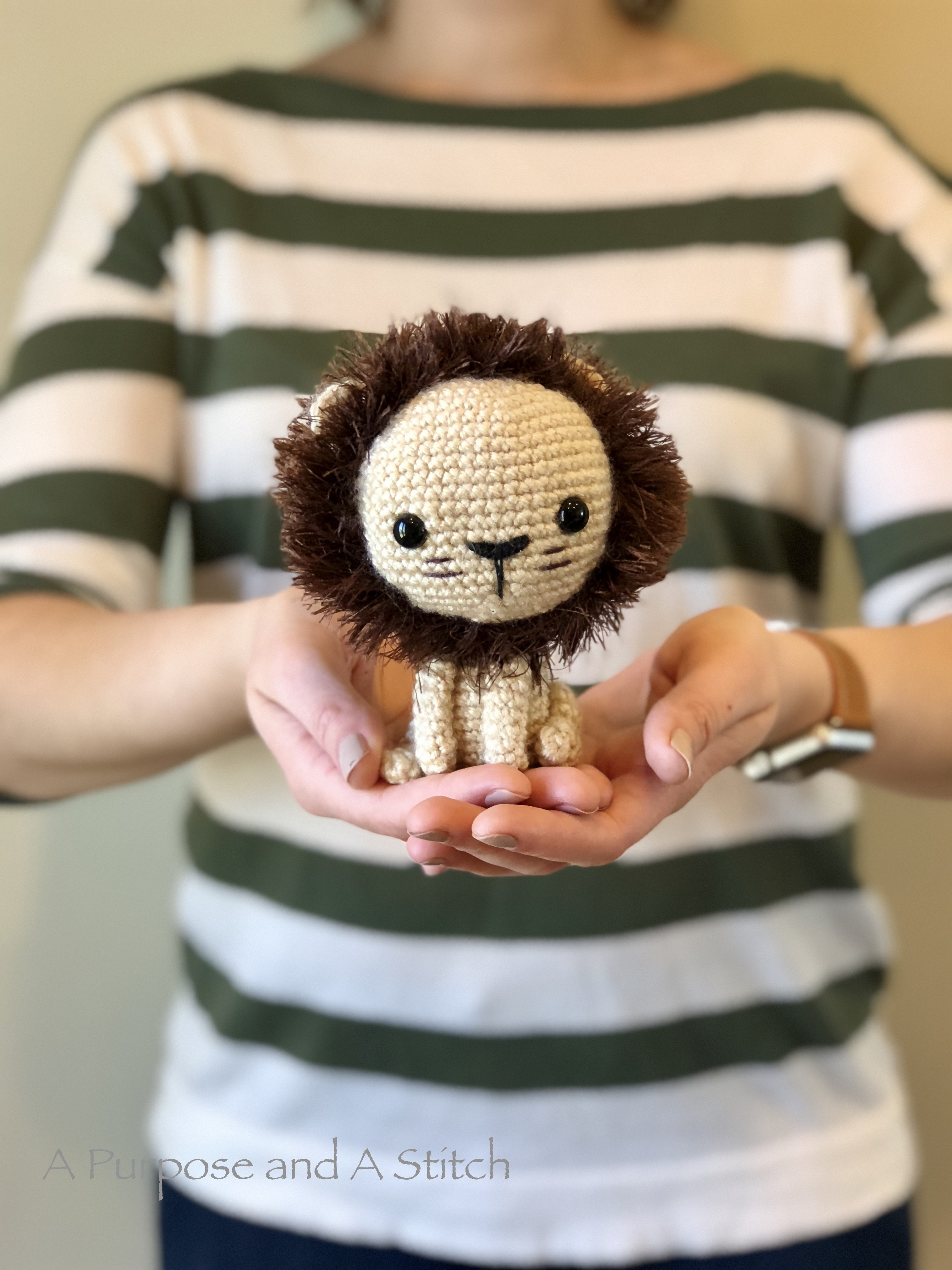 Lewis the Lion- Free Pattern
